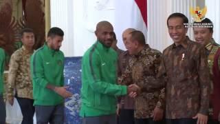 Video Makan Siang Dengan Timnas Indonesia, Presiden Jokowi: Bonus Rp 200 Juta Ditransfer Sore Ini download MP3, 3GP, MP4, WEBM, AVI, FLV September 2018