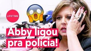Abby Lee chama polícia contra mãe de Brooke e Paige! - PARTE 1 | DANCE MOMS | LIFETIME