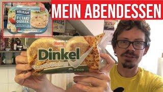 Harry Dinkel Toastbrötchen & Milram Fetaki Quark Abendessen-Snack mit dem JunkFoodGuru