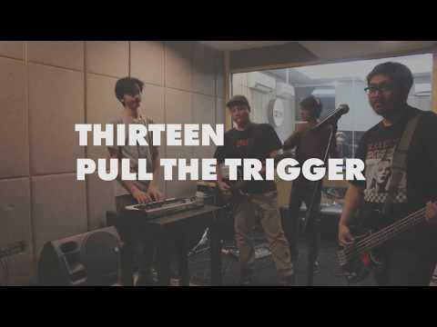 THIRTEEN - PULL THE TRIGGER Live on 90.8 OZ Radio Jakarta