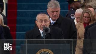 Rabbi Marvin Hier delivers a prayer at Inauguration Day 2017