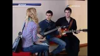 ТК Донбасс - Вокальный конкурс для журналистов(Мастера слова соревновались в пении. Для журналистов Донецкой области провели вокальный конкурс