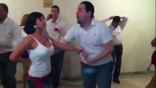 AWESOME! Cuban salsa dance performance. Venezuela