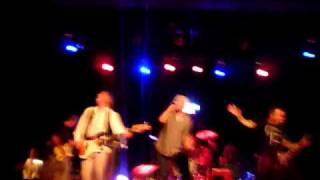 Guided by Voices in Philadelphia - Bright Paper Werewolves / Buzzards and Dreadful Crows
