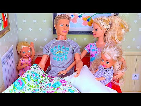 Thumbnail: Barbie doll morning routine for Sports Day w/ baby dolls Chelsea & Annabel in dollhouse & pink car
