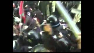 Soulfly vs. South Korean police (Molotov)