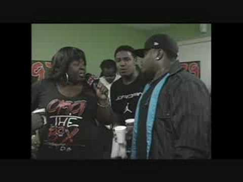 97.9 THE BOX HIP-HOP 4 HIV***DAY 26***INTERVIEW