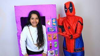 स्पाइडर मैन ने शफ़ा को हल्क से बचाया।