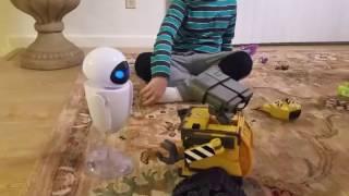 Открываем робота валли и eve.