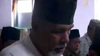 NDTV - Muslim Sect Fears Religious Violence in Indonesia.mp4