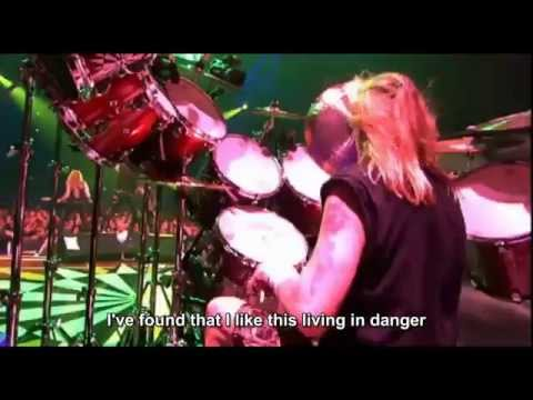 Iron Maiden - Lord Of The Flies (Death On The Road) - [Subtitle - English]