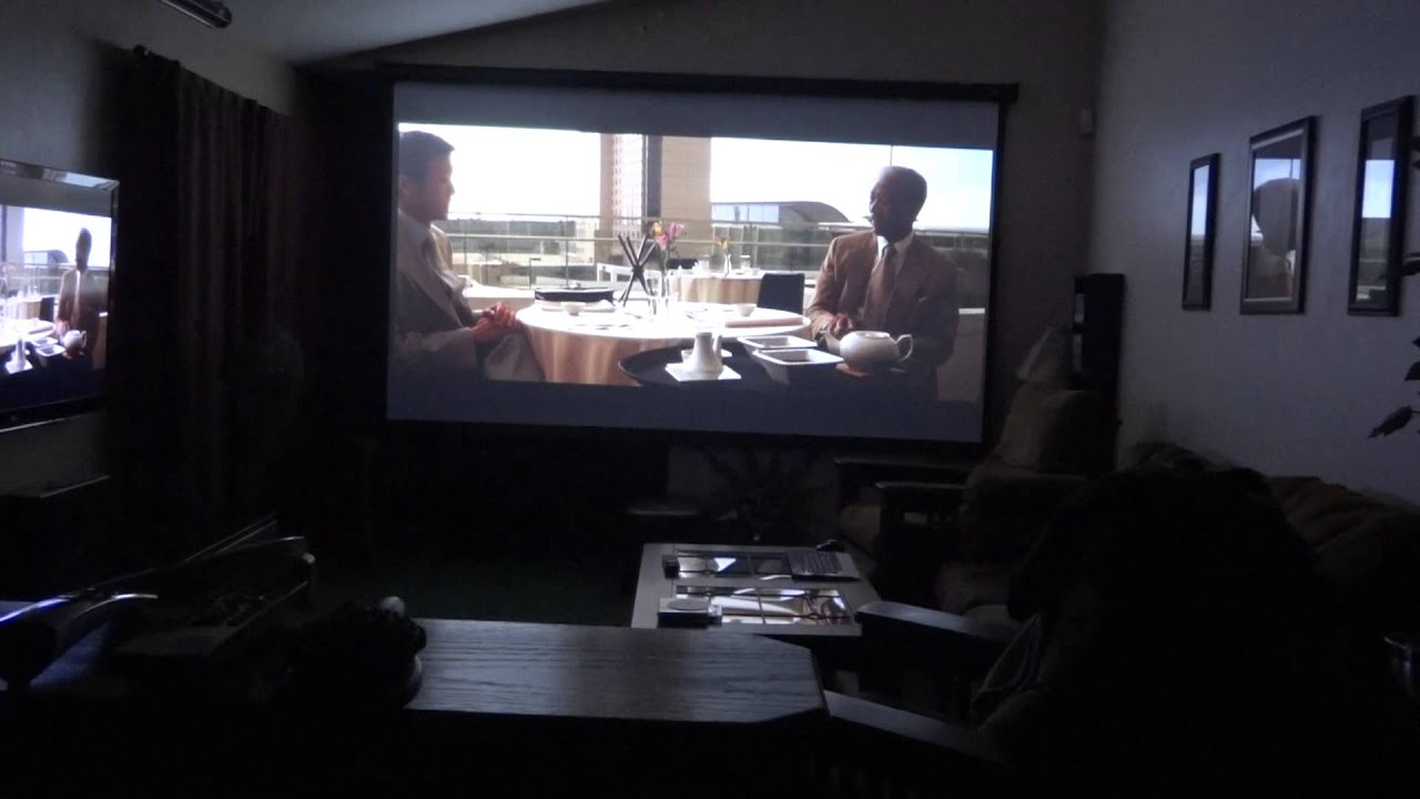 Projector With 135 Quot Screen Youtube
