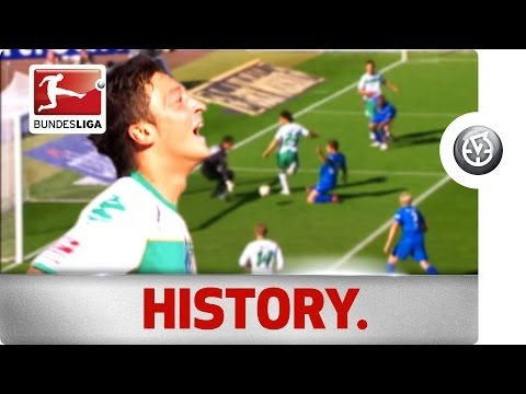 Özil Brace in an Unbelievable 9-Goal Bundesliga Thriller