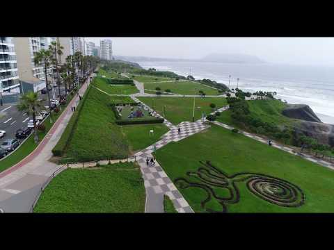 Parque Maria Reiche 4K 60 fps MIRAFLORES LIMA PERU vista aerea Drone