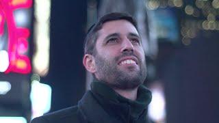 Ari Goldwag - Chanukah Light [Official Video] (Hanukkah Light) ארי גולדוואג - אור חנוכה(Download on Itunes: https://itunes.apple.com/us/album/chanukah-light/id943689480?i=943689490 or at ..., 2014-12-09T15:03:05.000Z)