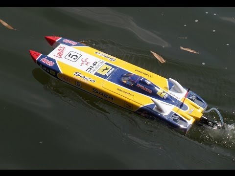 RC Electric Boats   Manila, 17 September