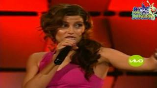 Nelly Furtado - Promiscuous Girl Ft. Timbaland - Live Mun2 (HD)