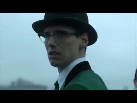 Gotham - Penguin Freezes the Riddler