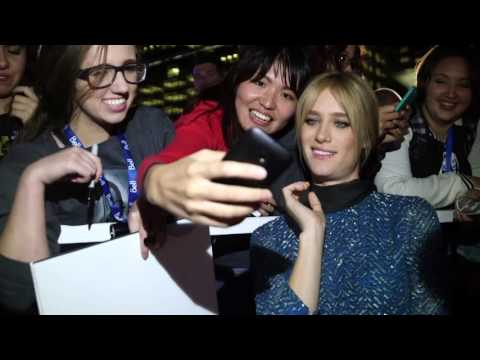 The Martian: Kate Mara TIFF 2015 Movie Premiere Gala Arrival from YouTube · Duration:  1 minutes 25 seconds