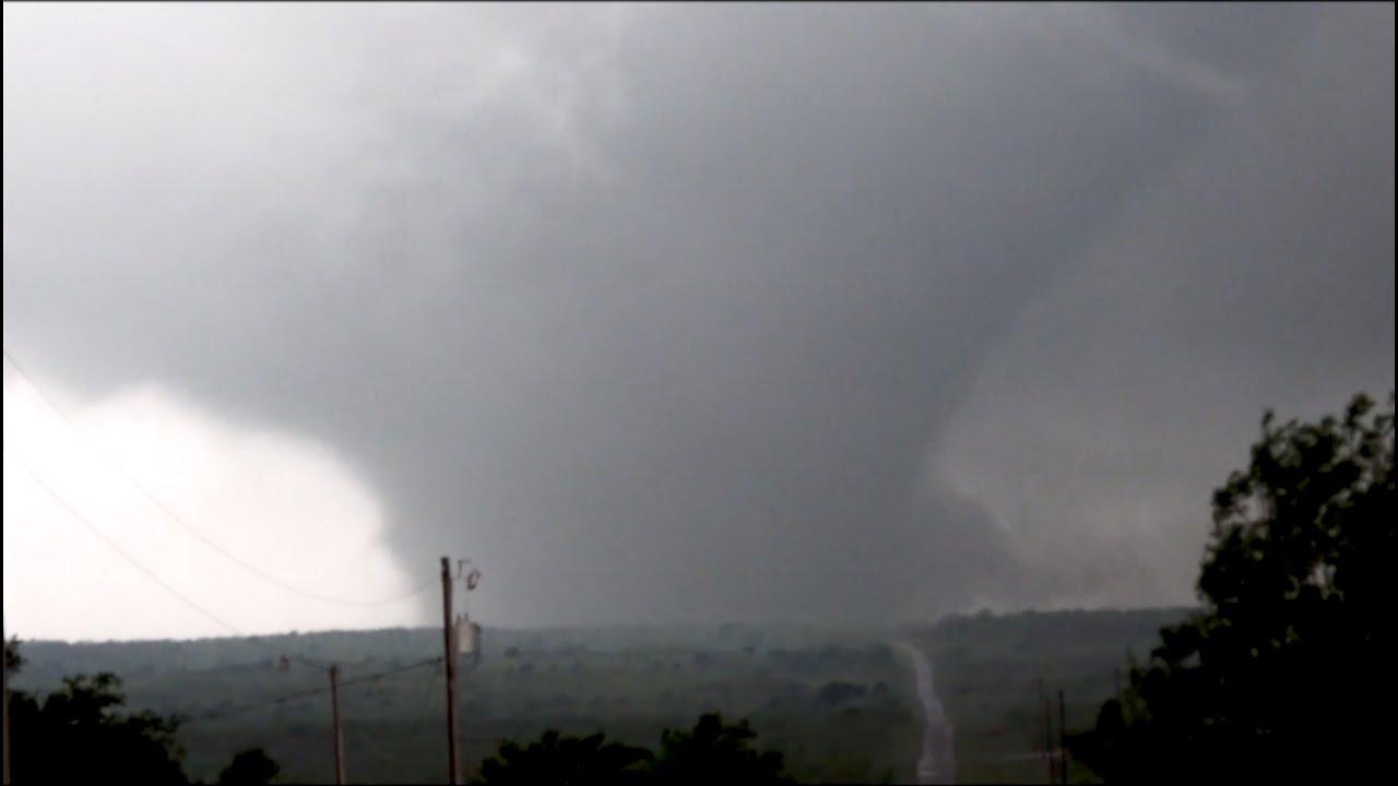Mangum, OK VIOLENT Tornado!! 5/20/2019 - YouTube