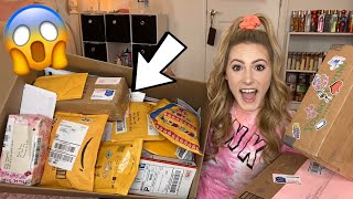 NO WORDS. The BIGGEST Fan Mail Unboxing EVER!!!!!!!!! 🤯