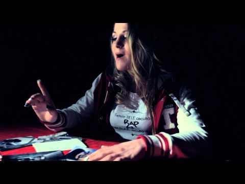 Xandra - Drumuri Diferite feat. Mihaela Tirica (Video Oficial)