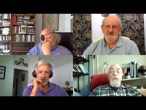 Internet Pioneers Discuss Network Architecture and Regulation