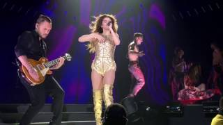 Selena Gomez (Live): Revival (Toronto) Me and The Rhythm & Body Heat