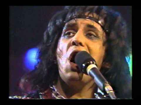 Kiss - Lick It Up (live Cobo Hall 1984) HD
