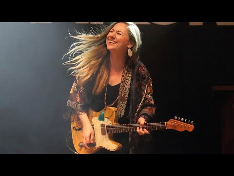 Download Joanne Shaw TAYLOR - Two Time My Lovin' - The Blues Album 2021