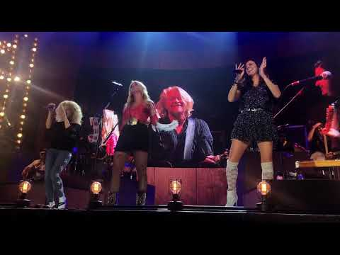 Goodbye Earl - Miranda Lambert and Little Big Town