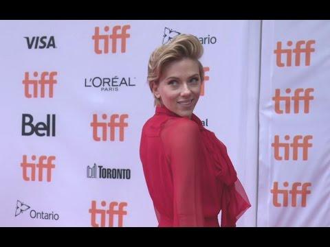 Sing World Premiere Red Carpet - Scarlett Johansson, Taron Egerton, Tori Kelly - TIFF 2016