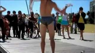 lmfao Beach Dancer vs Super Soaker - bombs away.wmv