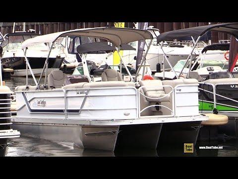 2017 Sun Catcher X 322 RC Pontoon - Walkaround - 2017 Montreal In Water Boat Show