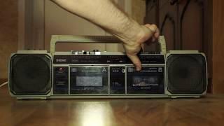 Ностальгия Советский двухкассетник Три фрагмента песен на кассетах из конца 80 х начала 90 х