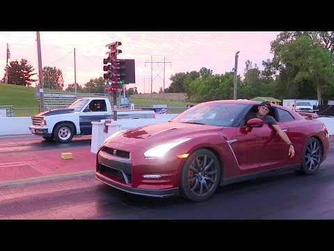 GTR DESTROYED BY TRUCK!!
