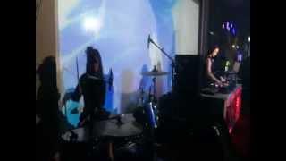 Tengku Dewi Putri ( djset ) & Ana Doll (drumset)