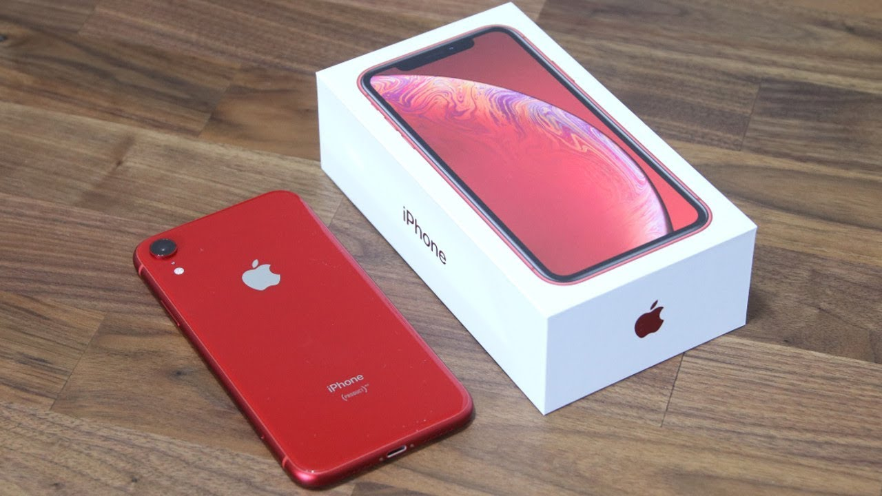 iPhone Xr Unboxing, First Time Setup and Review (Red Color)