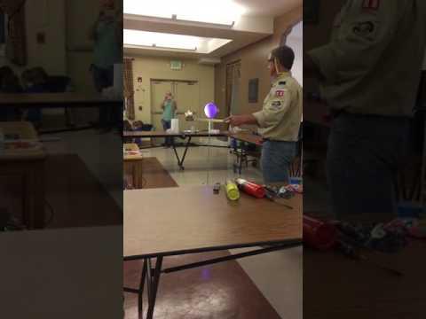 Hydrogen balloon goes boom 😮