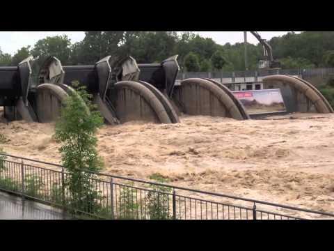 Hochwasser 2013 Österreich Dammbruch Saalach Salzburg Freilassing