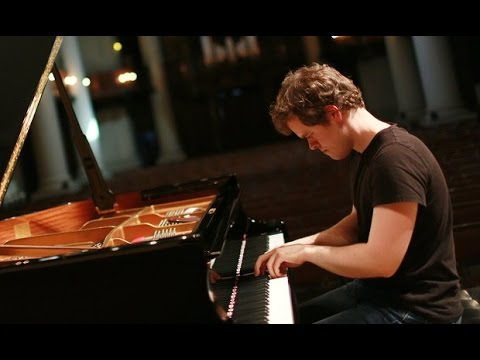 Benjamin Grosvenor plays Mendelssohn, Ravel, Liszt, Gershwin - live 2016