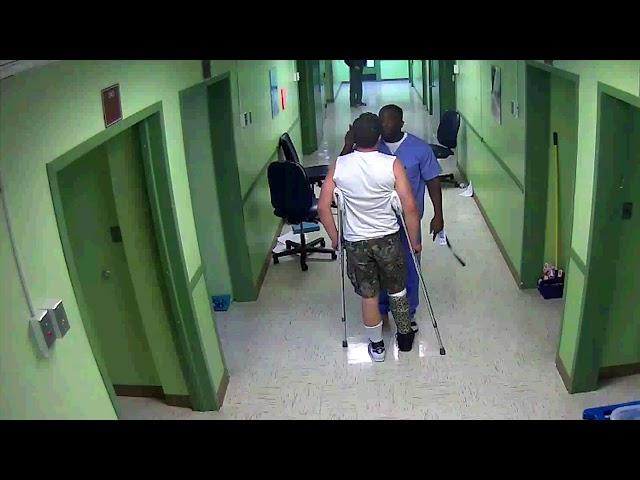 Un vídeo revela el maltrato en un psiquiátrico: A golpes con los pacientes