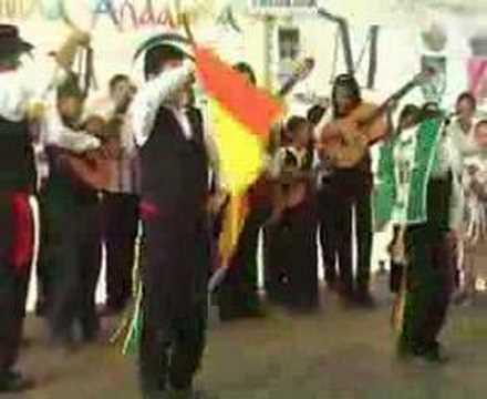 Verdiales en  Las Tres Cruces: Baile de la bandera
