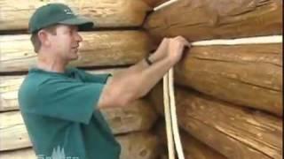 Установка в межвенцовый зазор  уплотнительного шнура(Система утепления и герметизации срубов и деревянных домов из бревна и бруса. Правильная установка уплотн..., 2011-06-28T09:17:54.000Z)