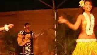 Hawaiian Luau Hula Dancing