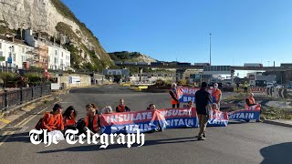 video: Insulate Britain protesters block Port of Dover