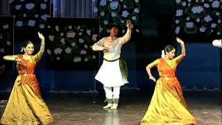 Kathak performance by professional Indian dancers!