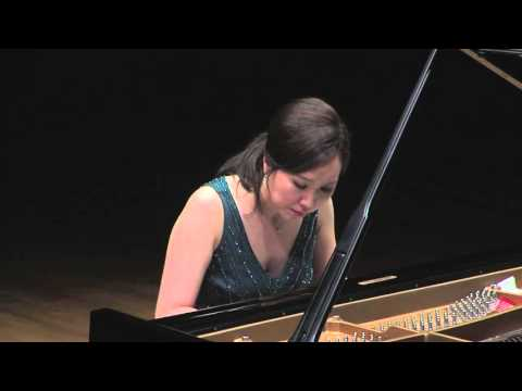 Young-Ah Tak: Schubert Sonata in A minor, D. 784 (1st movement)