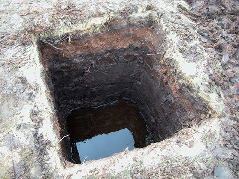 Погреб на грунтовых водах / Погреб полукессон /