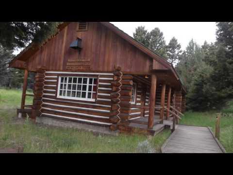Garth Brooks Thunder Rolls Yellowstone Winter Snowmobile Tours